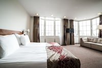 Superior Room, 2 Single Beds, Canal View
