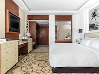 Deluxe Courtyard Room, 1 King Bed