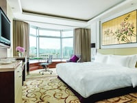 Deluxe City View Room, 1 King Bed