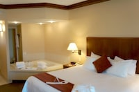 Romantic Suite, 1 King Bed, Non Smoking, Fireplace & Jetted Tub