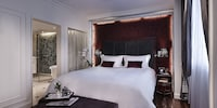 Opera Wing , Prestige Suite with Club Metropole Benefit, 1 King Size Bed