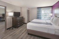 Suite, 1 King Bed with Sofabed, Non Smoking, Refrigerator & Microwave