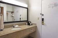 Executive Room, 1 King Bed with Sofabed, Refrigerator & Microwave
