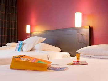 Metz Vacations - ibis Styles Metz Centre Gare - Property Image 1