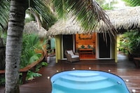 Honeymoon Pool Bungalow