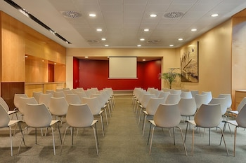 Barcelona Vacations - Four Points By Sheraton Barcelona Diagonal - Property Image 6