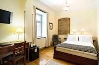 Single Room (Large)