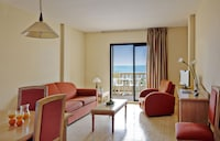 Family Room, Sea View (2 adults + 2 children)