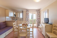 Standard 2 Bedrooms Apartment for 5/6 people