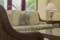 3-Bedroom Standard Ocean View Villa