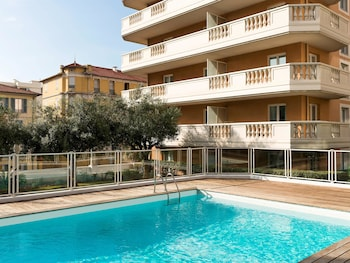 Nice Vacations - Aparthotel Adagio Access Nice Magnan - Property Image 3