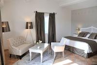 Premium Room (Deluxe)