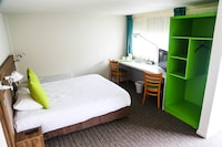 Triple Room with double bed & extra bed