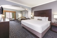Executive Room, 1 King Bed with Sofa bed