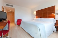 Tryp, Room, 1 Queen Bed