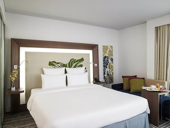 Ho Chi Minh City Vacations - Novotel Saigon Centre - Property Image 11