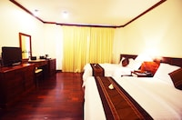 Apsara Villa - Round Trip Transfer