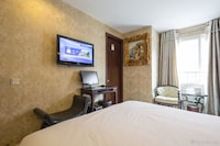 Superior Room, 1 Double Bed (free soft drink or beer)