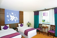 Deluxe Room, 1 Double or 2 Single Beds, Pool View