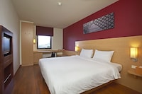 Standard Room, 1 Double Bed, View