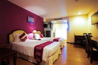 Superior Room, 1 Full or 2 Twin Beds