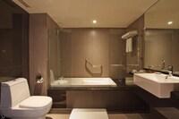 Exclusive Suite, 1 King Bed