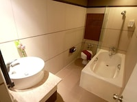 Deluxe Room, 1 Double Bed with Free Airport Trsf (Scheduled)