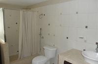 Suite, 1 Queen Bed, Private Bathroom (Apple)
