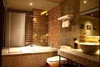 Deluxe Suite Room Single