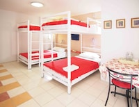 Bunk Bed Room (4 Persons)