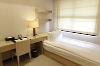 Specialty Suite, Two-bedroom (1 Single  room+1 Double room)