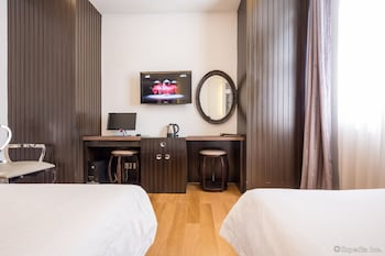 Ho Chi Minh City Vacations - A&EM Hotel - Hai Ba Trung - Property Image 28
