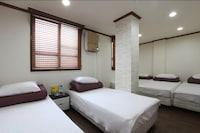 Deluxe Quadruple Room, Multiple Beds