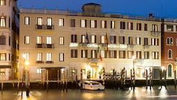 Hotel Carlton on the Grand Canal
