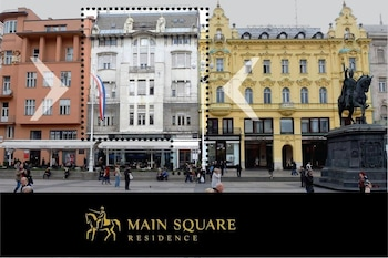 Main Square Residence - Featured Image  - #0