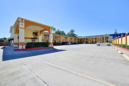 Americas Best Value Inn-Houston I-45/Loop 610