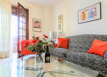 Sanabria Park Apartment with Pool
