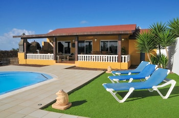 Villa With 2 Bedrooms in El Roque, With Wonderful sea View, Private Po