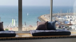TLV Suites on the beach