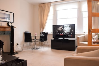 Homely 2 Bedroom Apartment in Earl's Court