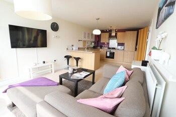Fiveways Garden View Apartment