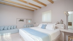 Antony Suites and Residences - Adults Only