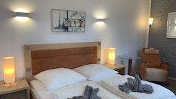 Lovely Rooms Next to the Trainstation WG