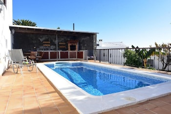 Villa With 3 Bedrooms in Tías, With Wonderful sea View, Private Pool,