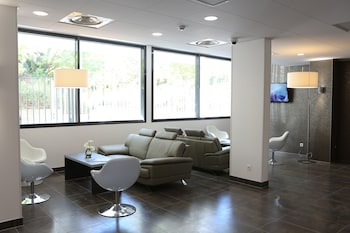 All Suites Appart Hôtel Orly…